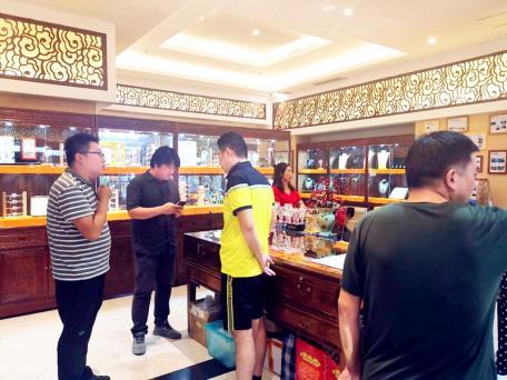陕西省旅游商品与装备分会来公司调研2020年中国特色旅游商品大赛参赛商品遴选工作